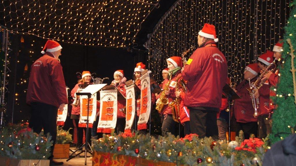 erfurt-weihnachtsmarkt-fanfarenzug-2013-6
